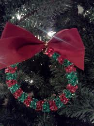 Bead wreath is an easy craft your kids can make for Christmas