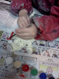 Painted ornaments are an easy Christmas craft for your kids