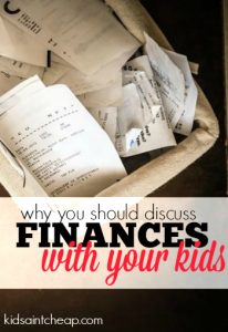 Wondering if you should discuss your family finances with your kids? I think you should. Here's why.